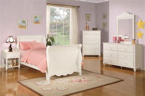 white sleigh bed dresser kids room antique white