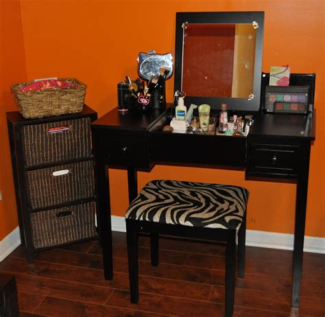 black makeup vanity black makeup vanity furniture set with lighting decofurnish