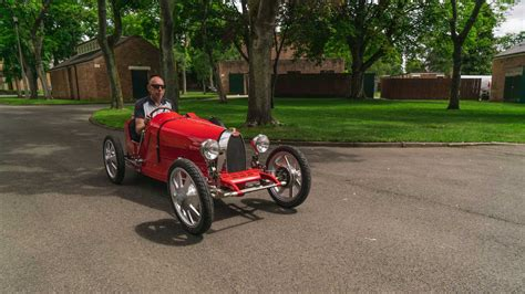 • a recreation of their classic, bugatti engineers used the latest in ev technoology to offer a top in order to appeal to their youngest drivers, the baby bugatti ii has a slow key and the speed key. Bugatti Baby II Still Has Few Build Slots, Time to Begin Crying 'I Want One' - autoevolution