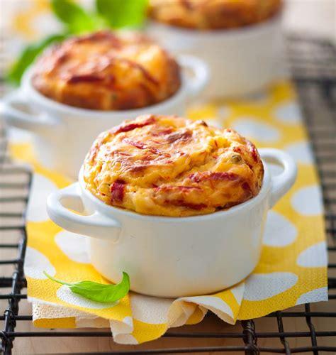pignon cuisine soufflés salés aux poivrons piquillos et pignons de pin