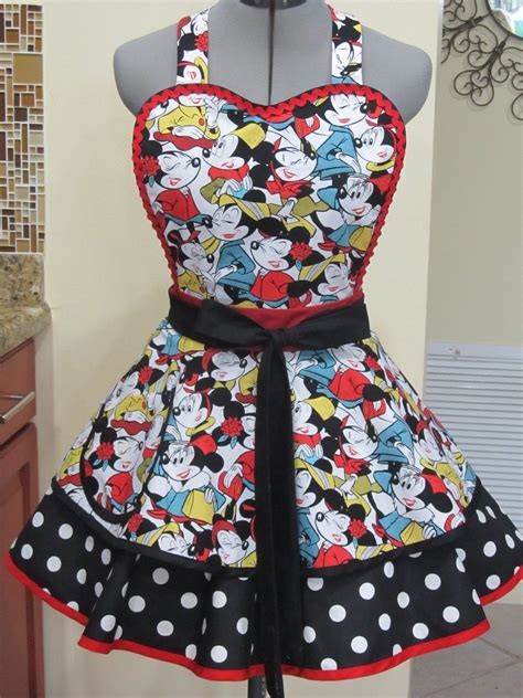 Disney Kitchen Aprons by Minnie Mouse Flounce Polka Dots Apron In 2019