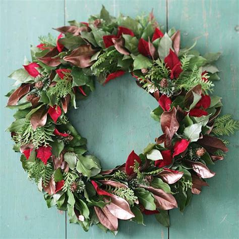 ideas for decorating christmas wreaths green christmas wreath ideas for door decorations
