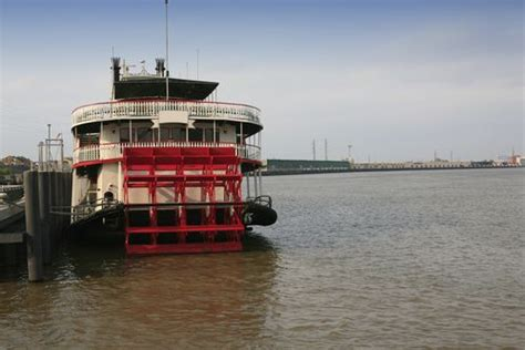 1 Day Mississippi River Boat Cruise From Memphis by Best 20 Mississippi River Cruise Ideas On Pinterest