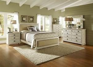 Schlafzimmer Lampen Landhausstil : schlafzimmer aus massivholz 86 interieurs ~ Indierocktalk.com Haus und Dekorationen