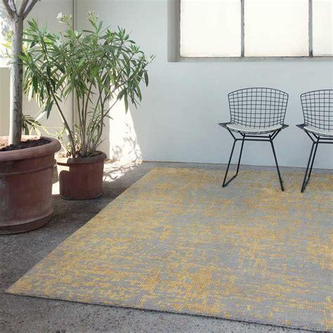 tapis design jaune et gris en et viscose nou 233 par ligne