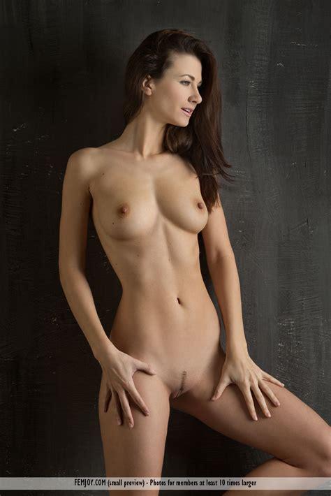 Lauren Femjoy Mariojump
