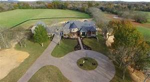 Step Inside Jason Aldean39s Secluded Tennessee Compound