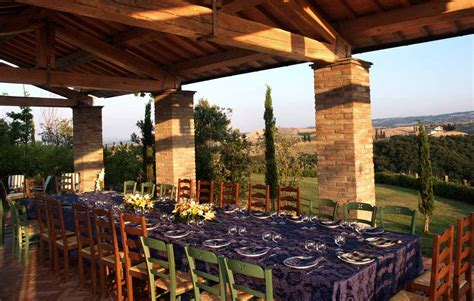 weddings    luxury tuscan farmhouse luxury