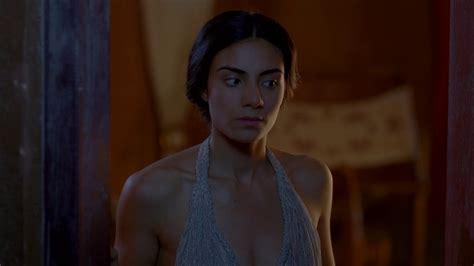Naked Aiysha Hart In Atlantis