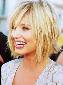 coupe cheveux frisã s coupe de cheveux nuque courte femme coupe de cheveux courte 2016