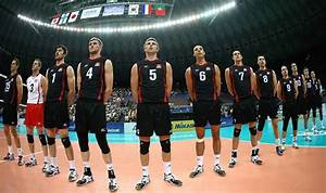 Coach Glenn Hoag leads Canada's volleyball team to hard ...