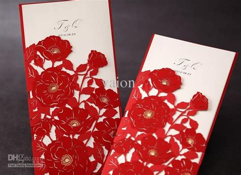 New-unique-beautiful-rose-wedding-invitations.jpg (745×541