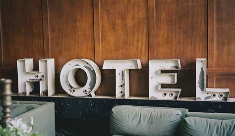 jll projects  global hotel investment volume