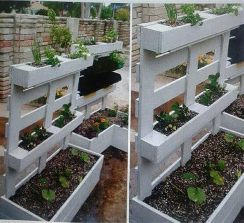 Jardinière Avec Une Palette  Les Idées De Clochette