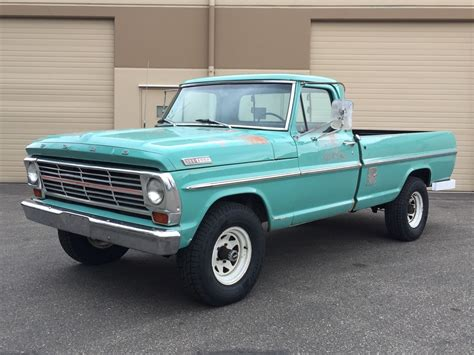 This 1967 Ford F-100 Highboy Is Perfect