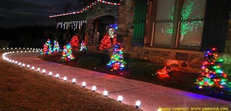 delightful christmas decoration ideas  outdoors