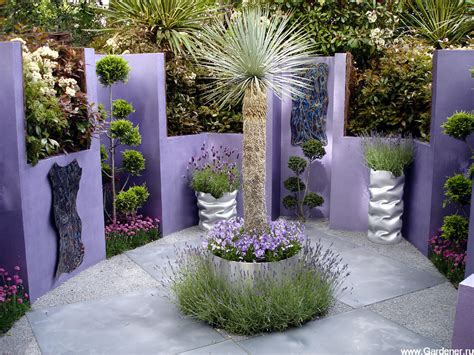 25+ Fabulous Garden Decor Ideas