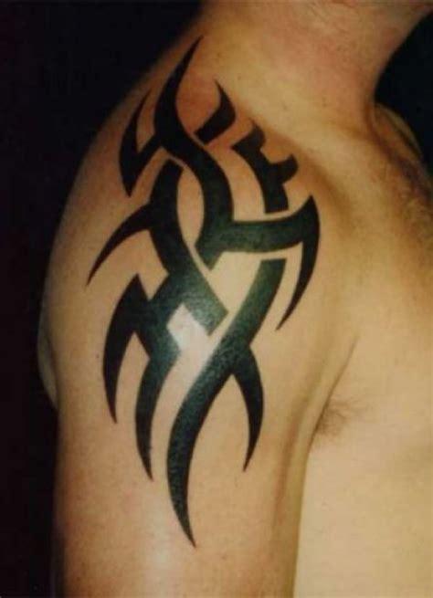 tribal muster f 252 r den oberarm cool tattoos