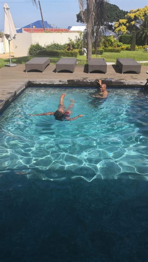 Pictures Jacob Zuma In His Fancy Swimming Pool 'float