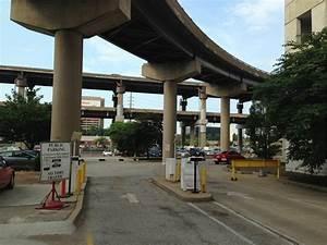 Garage Saint Louis : cupples station garage parking in st louis parkme ~ Gottalentnigeria.com Avis de Voitures