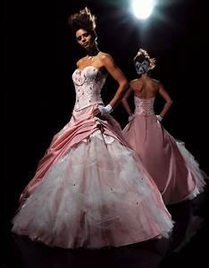 robe de mariee rose et blanche mariage trouver la robe With robe de mariée rose et blanche