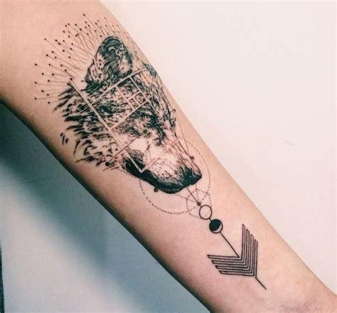 Tatouage Homme Loup