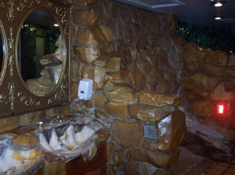 caveman room bathroom with waterfall in right corner picture of madonna inn san