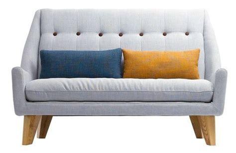 petit canapé design petit ou grand canapé côté maison