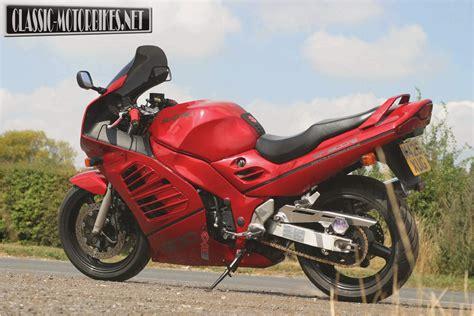1995 Suzuki Rf900r by Suzuki Rf900r 1995 1999 Motorbike Review Mcn