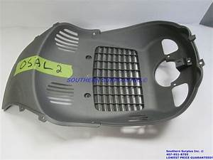 Genuine Oem Piaggio 62093400e8 Wheel Compartment Housing Fender Baffle Beverly