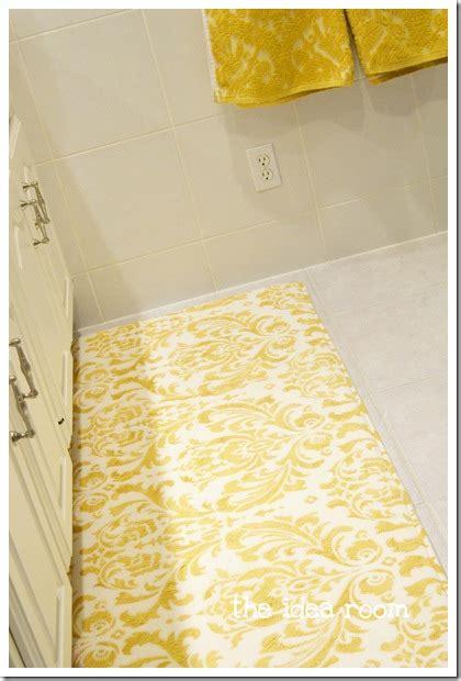 yellow bathroom rugs grey and yellow bath rug roselawnlutheran 1207