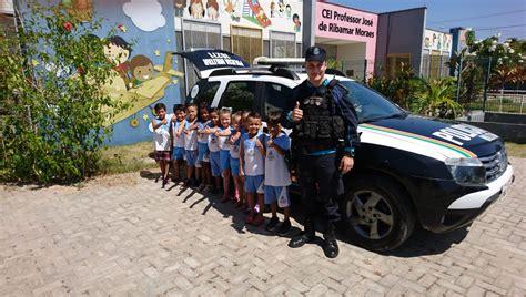 Polícia Militar realiza visita comunitária a crianças do ...