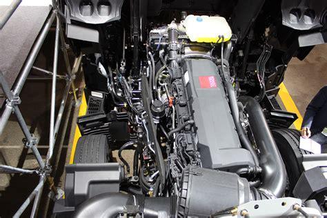 renault trucks  engine   range long distance