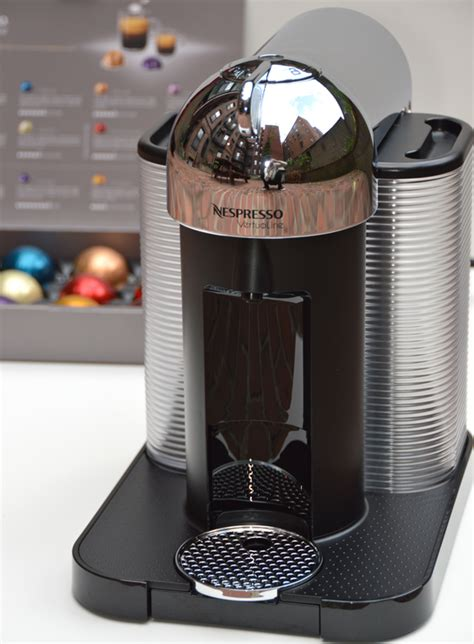nespresso sur la table festive finds my holiday shopping day with nespresso and