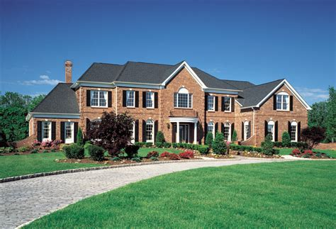 Duke at Weatherstone of Avon: luxury new homes in Avon, CT