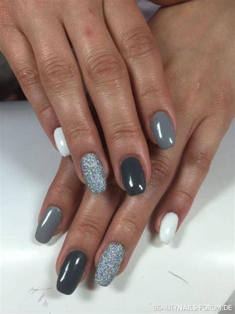 nägel weiß glitzer schwarz silber mit weiss und grau acryln 228 gel