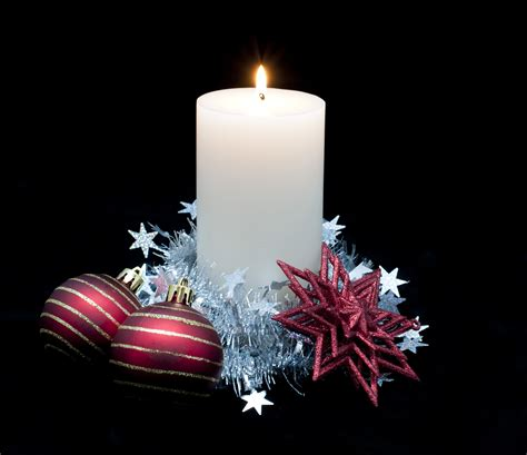 photo of christmas candle and ornaments free christmas images