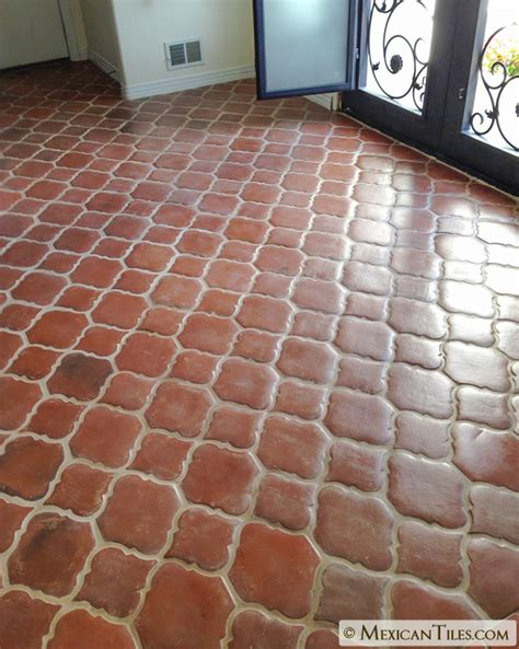 arabesque tile floor mexican tile spanish mission red terracotta floor tile arabesque 2