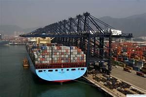 Knowledge Mania: Worlds largest cargo ship