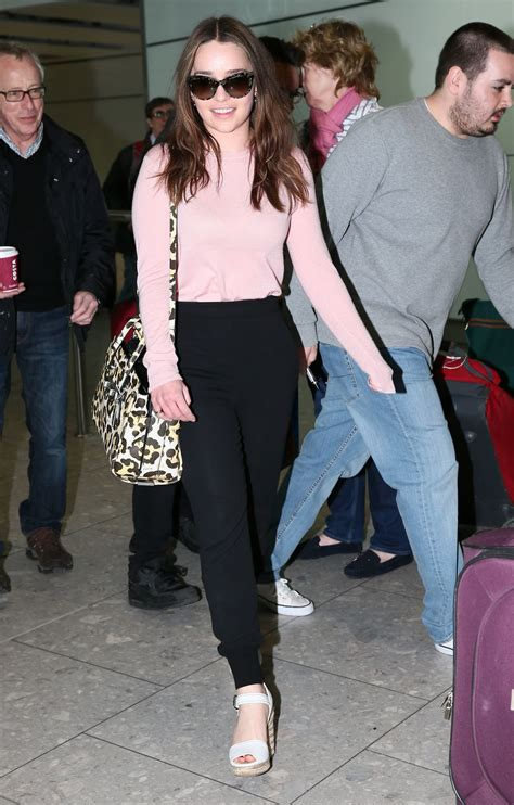 Emilia Clarke Casual Style - at Heathrow Airport in London ...