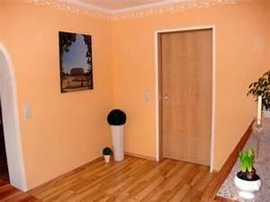 Mediterrane Farben Fürs Wohnzimmer : wandfarbe apricot warm und gem tlich ~ Markanthonyermac.com Haus und Dekorationen