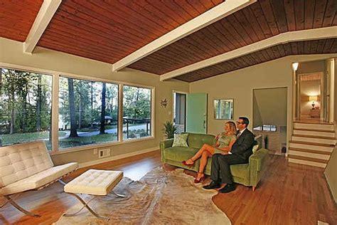 mid century mod living room Hooked on Houses