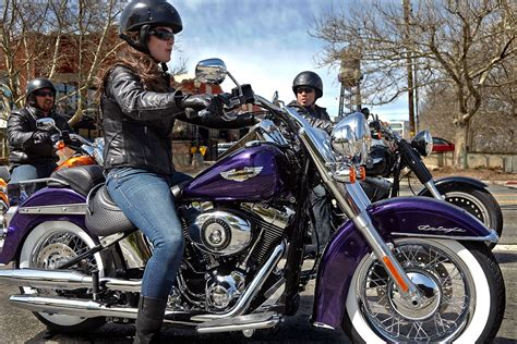 Softail Deluxe In Voodoo Purple #women #horsepower @n17dg