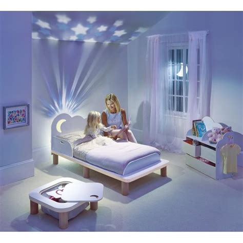 etoile plafond chambre etoiles phosphorescentes plafond chambre maison design