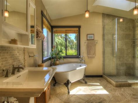 beautiful bathrooms  clawfoot tubs pictures