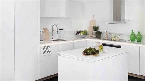 amenager une cuisine de 6m2 agencement cuisine plan cuisine gratuit pour s 39 inspirer