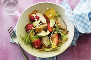 Salade Poulet Avocat : salade au poulet grill l avocat et aux fraises kraft ~ Melissatoandfro.com Idées de Décoration