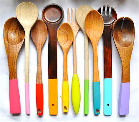 ustensile de cuisine en bois personnaliser ses ustensiles de cuisine en bois idée