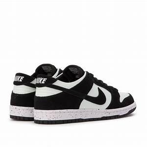 Nike SB Zoom Dunk Low Pro (Black / Barely Green) 854866-003  Nike