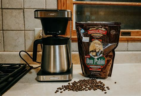 French press coffee to water french press coffee by to handcrafted how much coffee for 1 2 4 6 8 10 12 30 40 cups for an average coffee is it a teaspoon of or tablespoon quora. OXO 8 Cup Coffee Maker Review: Worth The Brew?